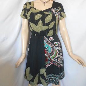 Nwt $90 VASNA DESIRE Medium Paisley Design Dress